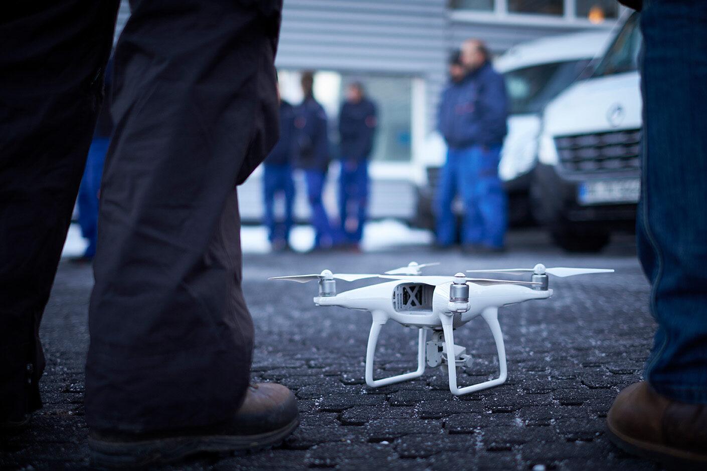 Drohnenaufnahme beim Dreh des Imagefilms
